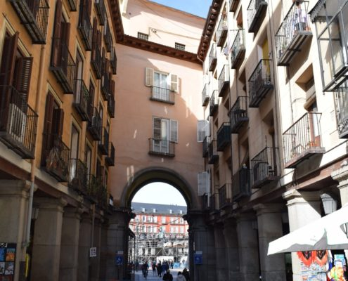 Zugang zur Plaza Mayor Calle Zaragoza