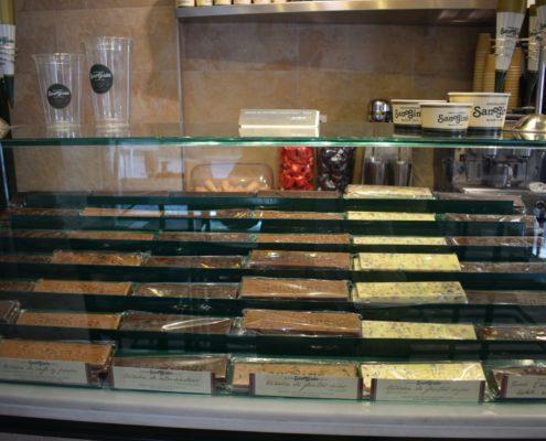 Chocolatería San Ginés - verschiedene Arten von Turrón
