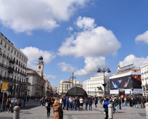 C:\Users\admin\OneDrive - ALBISA SL --\Madrid Sehenswürdigkeiten-Oper-Puerta del Sol-Callado enero 2015\Retocadas\Puerta del Sol