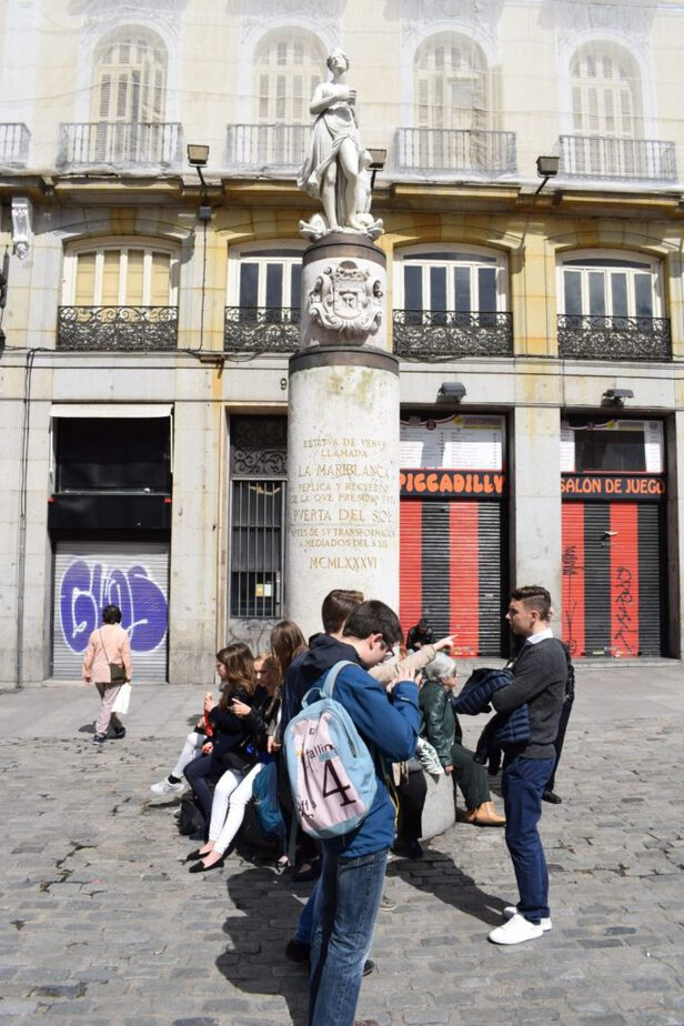 Statue Mariblanca - Puerta del Sol