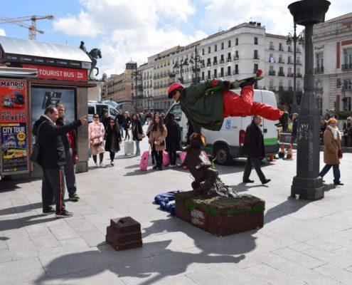 Straßenkünstler auf dem Platz Puerta del Sol