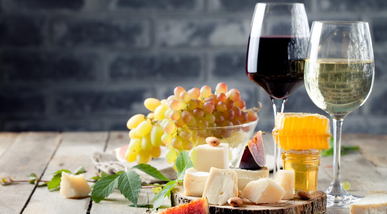 Liebe geht durch den Magen, Wein und Tapas aus Madrid