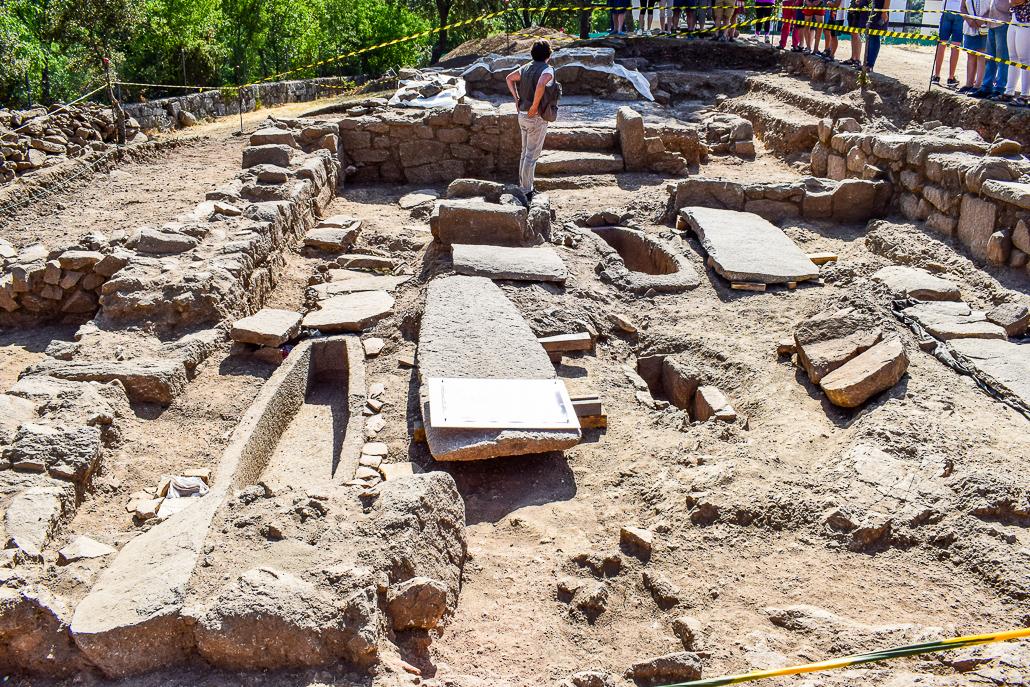 Ausgrabungen der Einsiedelei Nuestra Señora del Sacedal, El Rebollar - El Boalo
