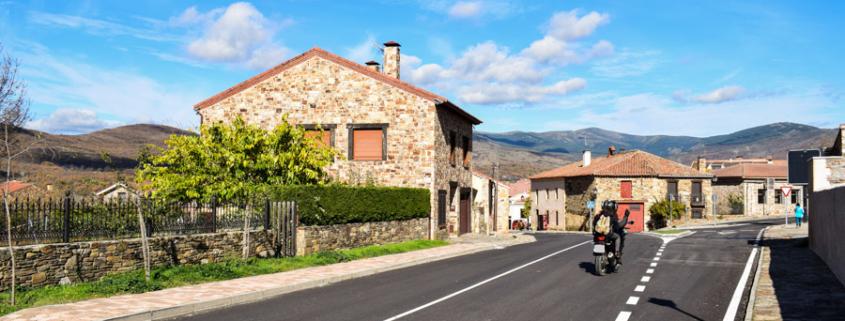 Dorfeingang von Prádena del Rincón