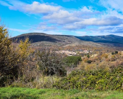 Blick auf Horcajuelo de la Sierra von Prádena aus