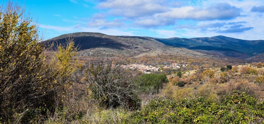 Vista de Horcajuelo de la Sierra desde Prádena
