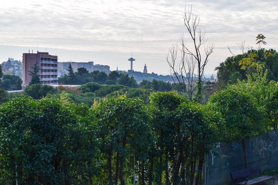 Blick von der Dehesa de la Villa auf Universität und Moncloa