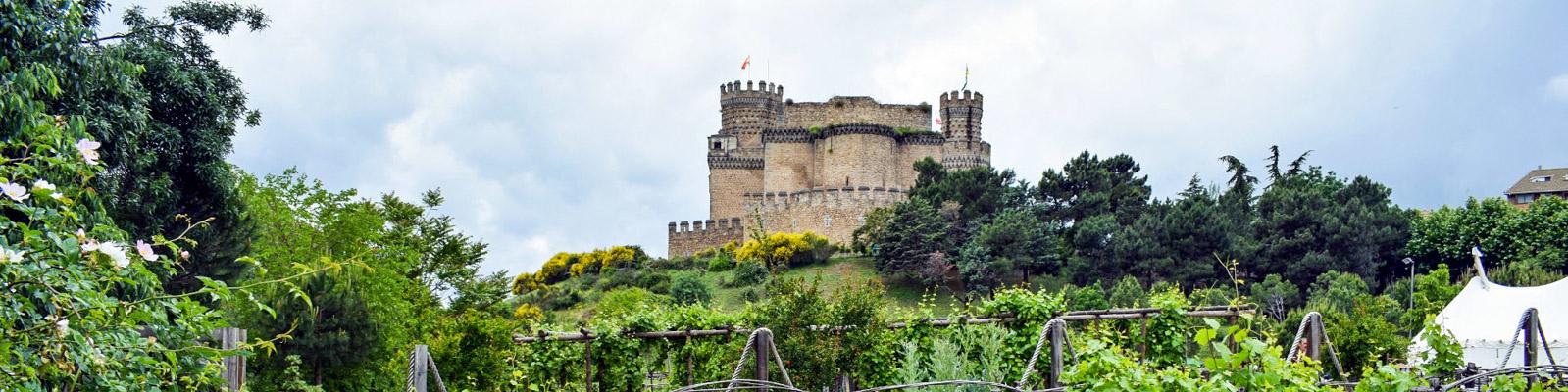 Burg von Manzanares el Real vom Garten aus